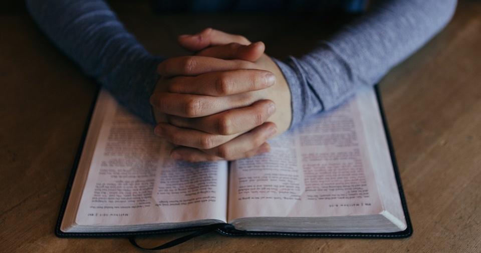 biblijne pisma randkowe randki online pierwsza wiadomość zabawna